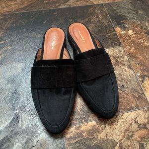 Halogen size 6.5 Black Mules leather slip on slide